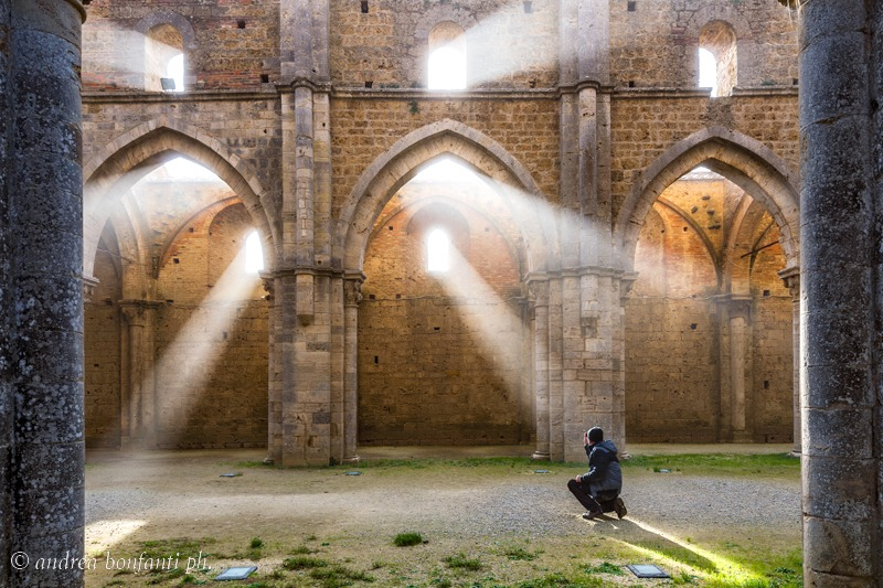 Guided Tours Tuscan Countryside with Isabelle - San Galgano Abbey © Andrea Bonfanti photographer